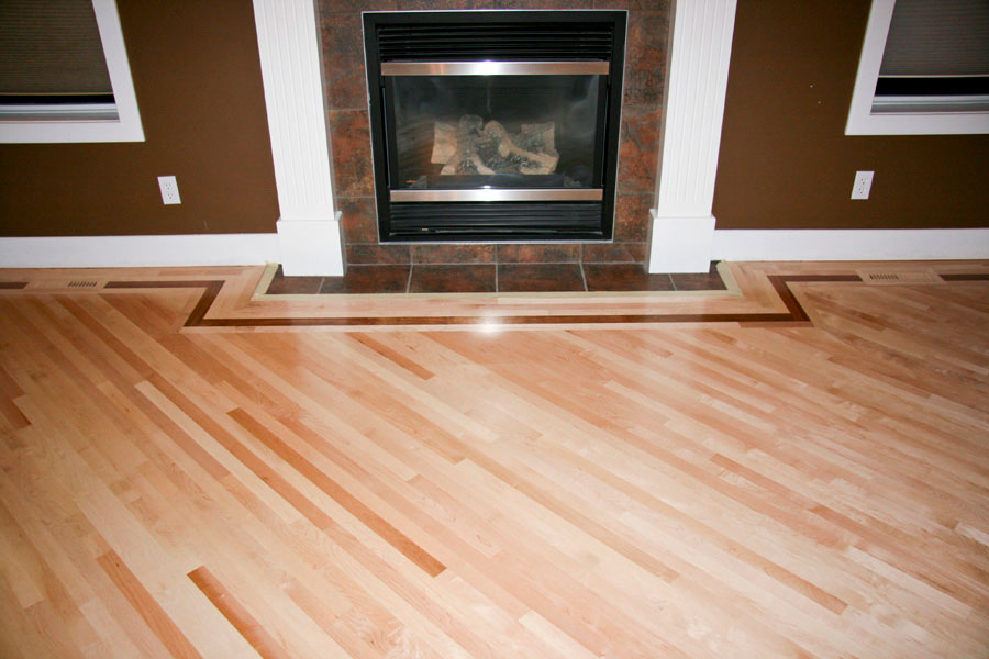 Hattons_maple-on-angle-with-brazlian-feature-strip